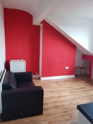 Thumbnail 1 bed flat to rent in Trentham Grove, Leeds