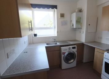 3 bed flat to rent in Brangbourne Road, Bromley BR1