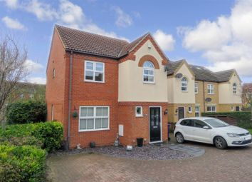 Thumbnail 3 bed detached house for sale in Redwing Rise, Royston