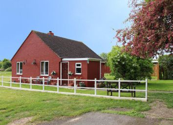 Thumbnail 2 bed detached bungalow for sale in Maltings Lane, Gonerby Hill Foot, Grantham