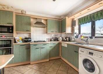 Whytebeam View, Whyteleafe CR3. 2 bed flat