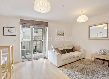 Thumbnail 1 bed property for sale in Queensland Road, London