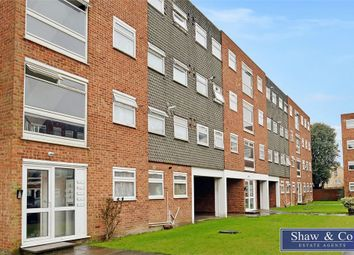 Thumbnail 2 bedroom flat for sale in Memorial Close, Hounslow, Middlesex