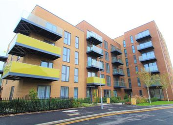 Thumbnail 1 bed flat to rent in Millar House, Station Road, Borehamwood