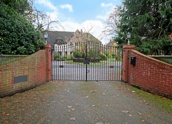 Thumbnail 6 bed detached house to rent in Tydehams, Newbury