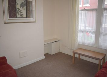 4 bed property to rent in Bankfield Avenue, Longsight, Manchester M13