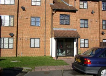 Thumbnail 1 bed flat to rent in Bridlington Spur, Slough, Berkshire
