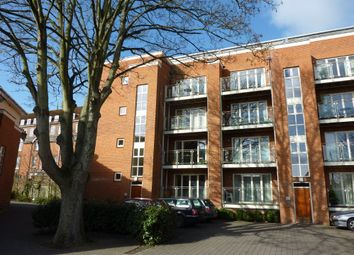Thumbnail 2 bed flat to rent in Cross Street, Winchester