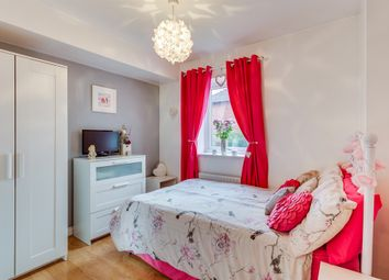 Thumbnail 2 bed flat for sale in Lagentium Plaza, Glasshoughton, Castleford