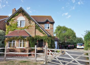 Thumbnail 4 bed detached house for sale in 20 Elcombe Close, Bracklesham Bay