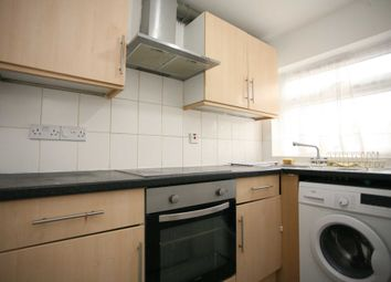 2 bed maisonette to rent in Flora Gardens, Chadwell Heath, Romford RM6