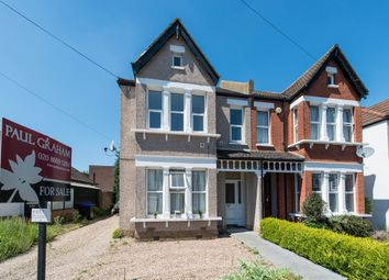 Thumbnail 3 bed flat for sale in Onslow Gardens, Wallington