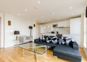 Thumbnail 3 bed flat for sale in Maltby Street, London Bridge