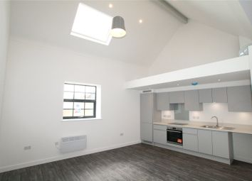 Wimborne Road, Winton, Bournemouth BH9. 1 bed flat