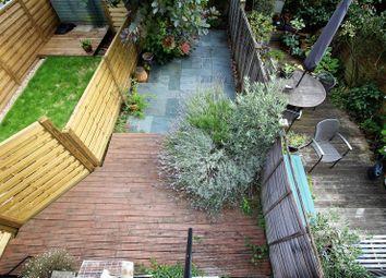 Thumbnail 4 bed flat to rent in Burnbury Road, Balham