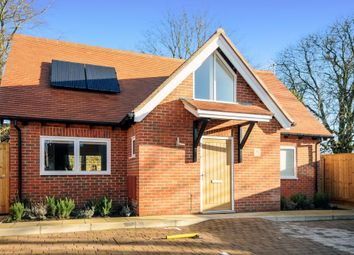 Thumbnail 3 bedroom detached house to rent in Hill Top Road, Oxford