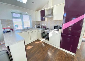 Thumbnail 2 bed mobile/park home for sale in Maple Mews, Battlesbridge, Wickford, Essex