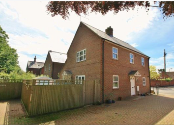 Thumbnail 1 bed flat to rent in St. Johns Road, Wallingford