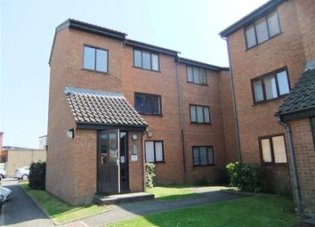 Thumbnail 1 bedroom flat to rent in Solar Court, King Georges Avenue, Watford
