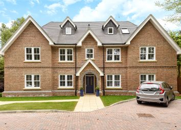 Thumbnail 2 bedroom flat for sale in Gerrards Cross Road, Stoke Poges, Buckinghamshire