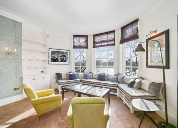 Thumbnail 2 bed flat to rent in Chelsea Embankment, London