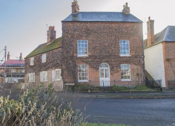 Thumbnail 2 bed flat for sale in Castle Square, Benson, Wallingford