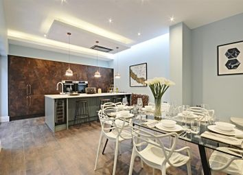 Thumbnail 4 bed property to rent in Tring Avenue, London