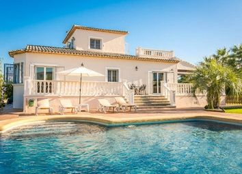 Thumbnail 4 bed villa for sale in Pedreguer, Pedreguer, Spain