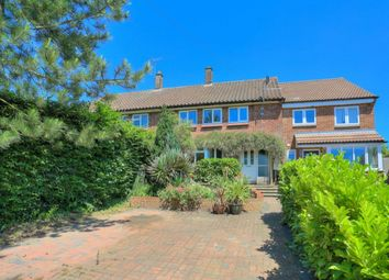 Thumbnail 3 bed terraced house for sale in Noke Shot, Harpenden