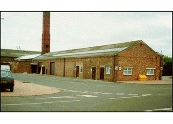 Thumbnail Commercial property to let in Unit 28, Thistle Industrial Estate, Church Street, Cowdenbeath, Fife, Scotland
