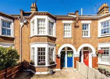Thumbnail 2 bed flat for sale in Burntwood Lane, Earlsfield