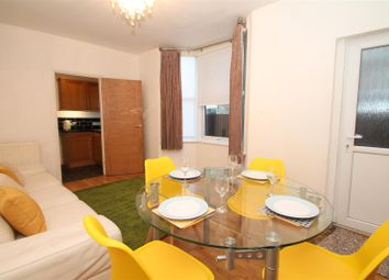 Thumbnail 2 bedroom flat to rent in Halstead Road, Enfield