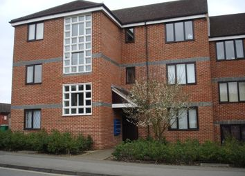 Thumbnail 1 bed flat to rent in St. Laurence Way, Slough