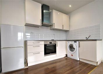 1 bed flat to rent in Queen Street, Gravesend, Kent DA12