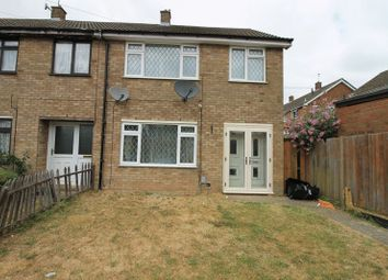 Thumbnail 1 bed flat to rent in Room Let - Paddock Close, L&D Boarders, Luton