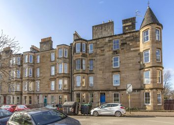 Thumbnail 2 bed flat for sale in 82/15 Harrison Gardens, Edinburgh