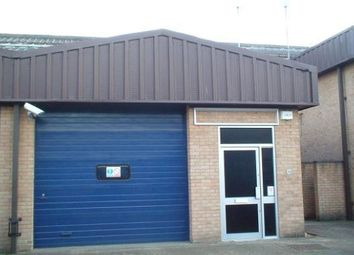 Thumbnail Warehouse to let in Unit 46 Robert Cort Industrial Estate, Britten Road, Reading