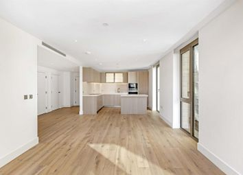 Thumbnail 2 bed flat for sale in Kensington House, Prince Of Wales Drive, Battersea