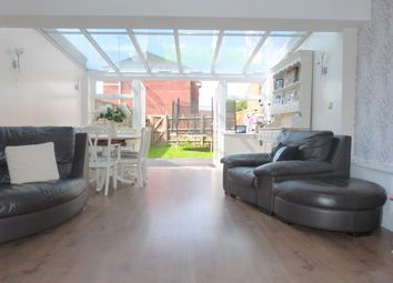 Thumbnail 5 bedroom town house for sale in Abbotts Drive, Waltham Abbey