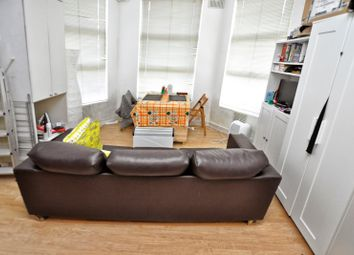 Thumbnail Studio to rent in Fordwych Road, West Hampstead