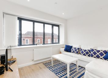 Thumbnail 2 bedroom flat to rent in Baring Road, Beaconsfield