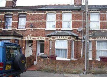 Thumbnail 1 bed flat to rent in Kensington Road, Reading