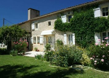 Thumbnail 4 bed villa for sale in Condom, 32100, France