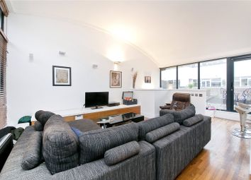 Thumbnail 3 bed flat for sale in Long Lane, London Bridge, London