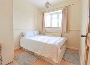 Room to rent in Alnwick Road, London SE12