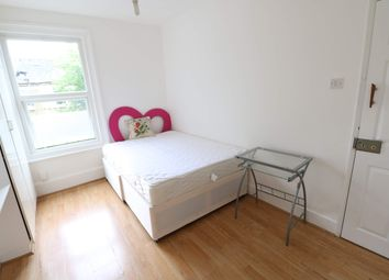 Thumbnail Room to rent in John's Avenue, London