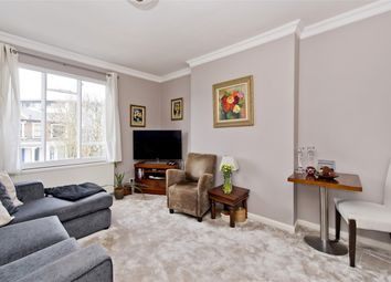 Thumbnail 2 bed flat to rent in Cathnor Road, London