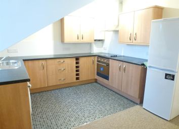 Thumbnail 1 bed flat to rent in Grapes Hill, Norwich