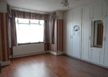 Room to rent in Dormers Wells Lane, Southall UB1