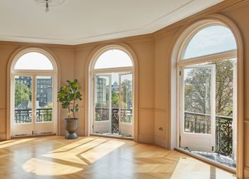 Neville Court, Abbey Road, London NW8. 5 bed flat